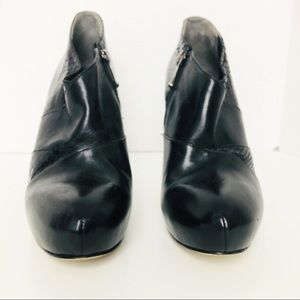Via Spiga black leather ankle boots heels size 8 m
